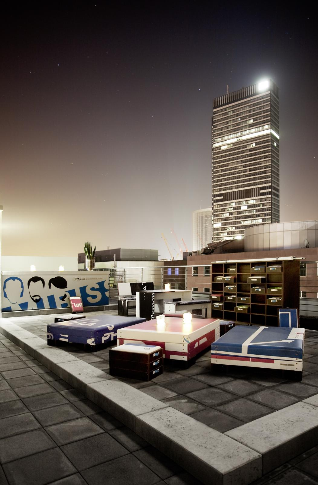city trip frankfurt 25hours hotel by levi s the random noise. Black Bedroom Furniture Sets. Home Design Ideas