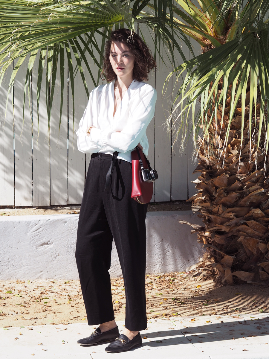 therandomnoise.com_palm-springs_helmut lang blouse white_saint laurent pants black_gucci loafer_mansur gavriel half moon bag_gucci loafer_olympus pen epl8_1